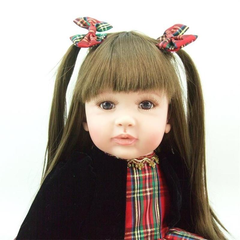 リボーンドール プリンセスドール トドラードール 抱き人形 赤ちゃん人形 ベビードール ハンドメイド リアル 高級 服 衣装付き かわいい 赤いチェックのスカート おしゃれな女の子 ロングヘア
