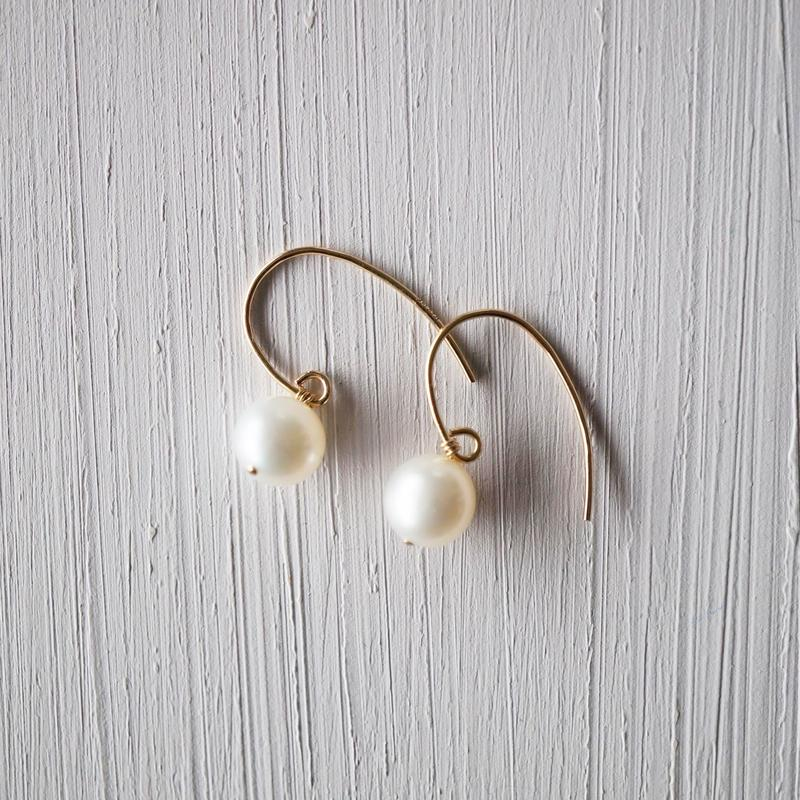 【14kgf】小さな淡水パールの一粒ピアス/small Freshwater Pearl earrings