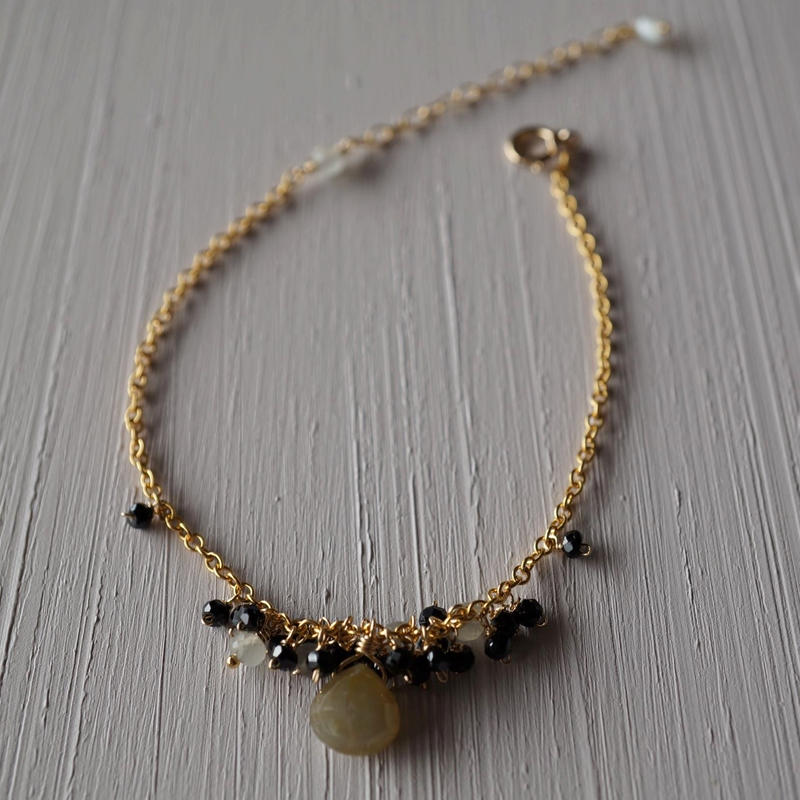 【14kgf】ブラックスピネルのしゃらしゃらブレスレット【14kgf】 Black spinel x Sapphire bracelet