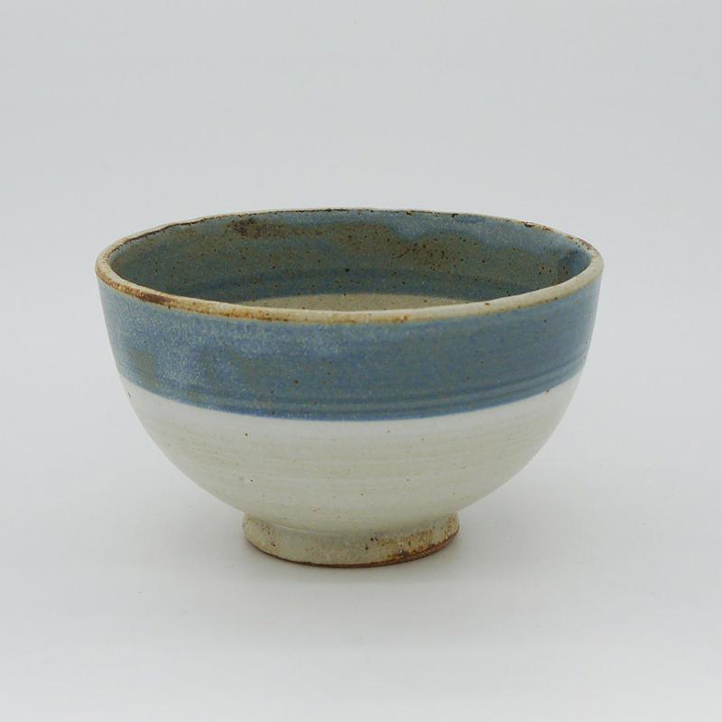 【M004bl】パンとごはんと...  まるい縁取りの陶器 RICE BOWL blue