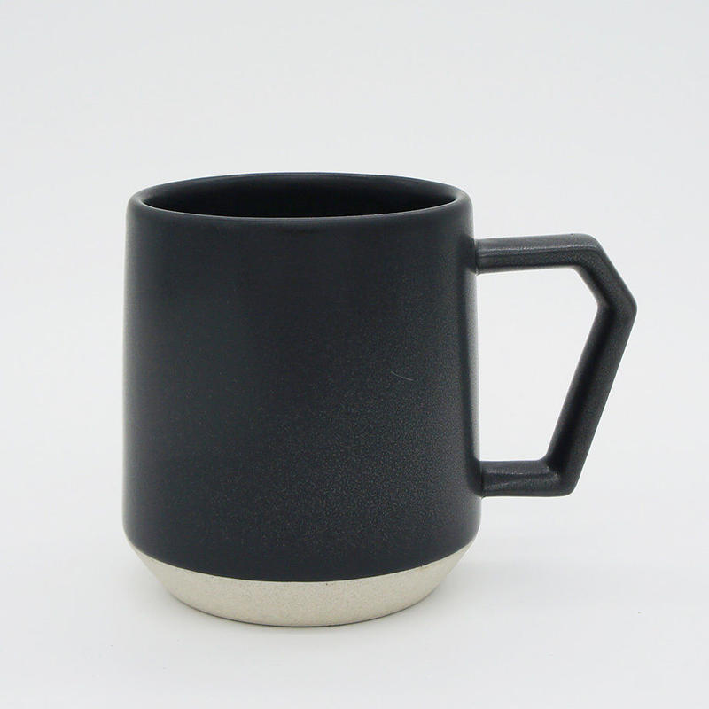 【C001bk】CHIPS mug. MAT black