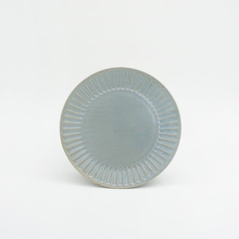 【M042bl】パンとごはんと... ひらひらの器 ROUND PLATE S blue