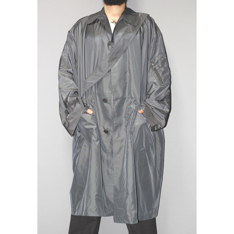 Random identities / Satin over coat
