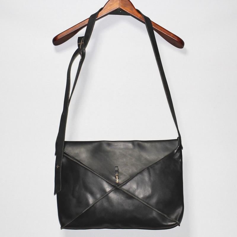 M.A+ by Maurizio amadei / Envelope shoulder bag