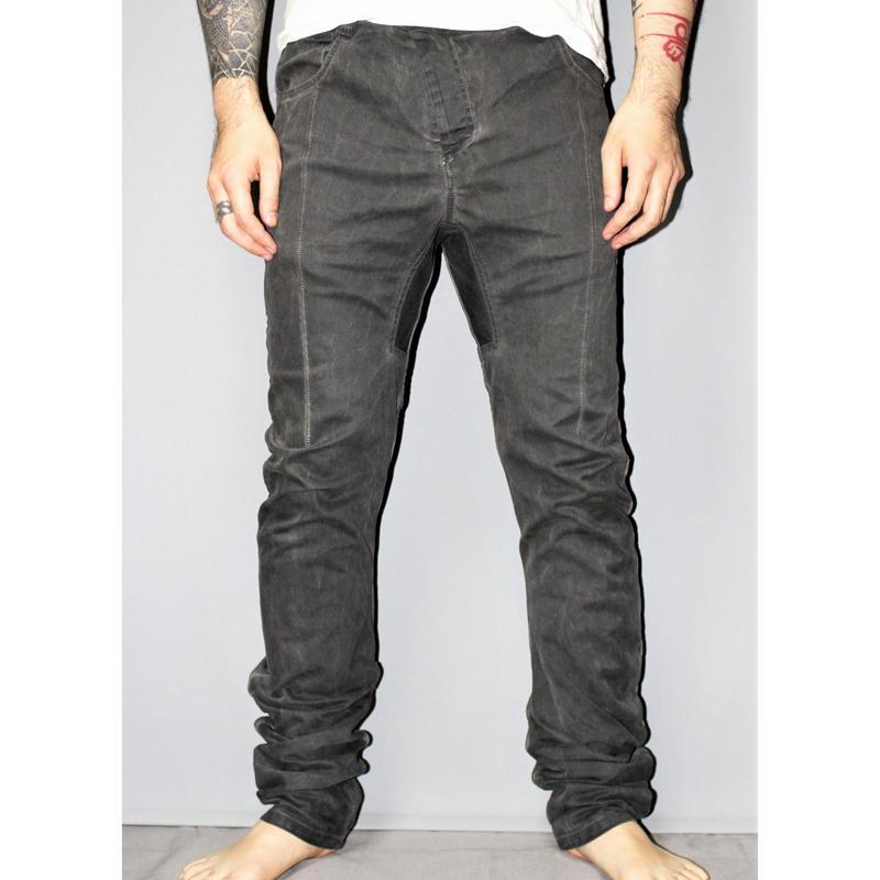 11 by BORIS BIDJAN SABERI / Cold dyed curved pants