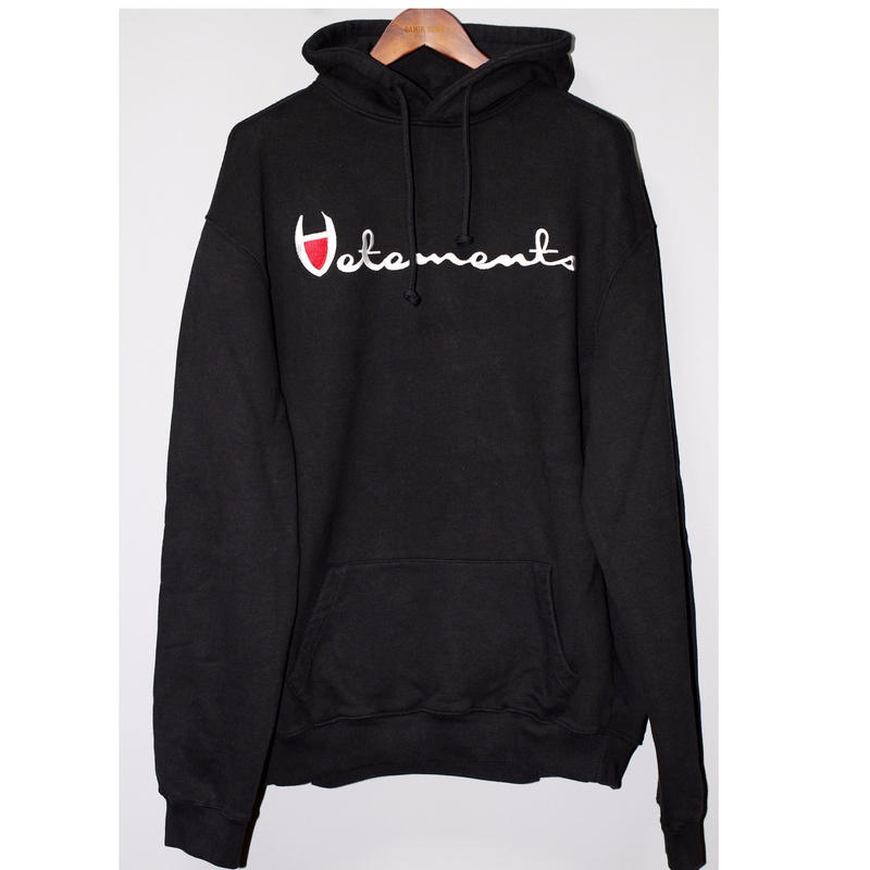VETEMENTS / SS16 Men's Black Oversized Large Logo embroidered Hoodie