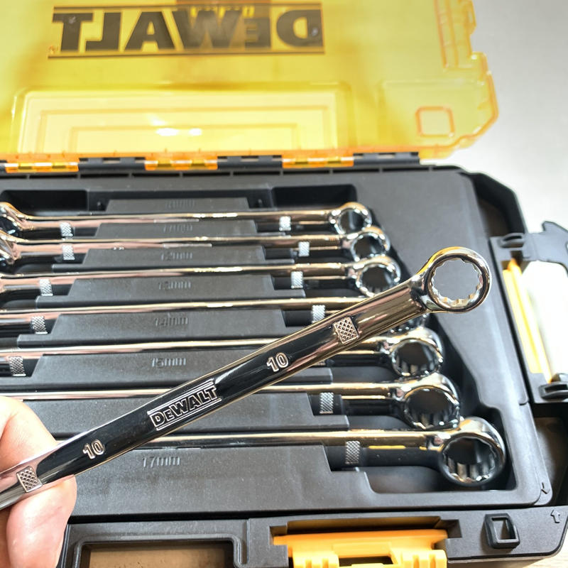 DEWALT デウォルト Metric Combination Wrench Set