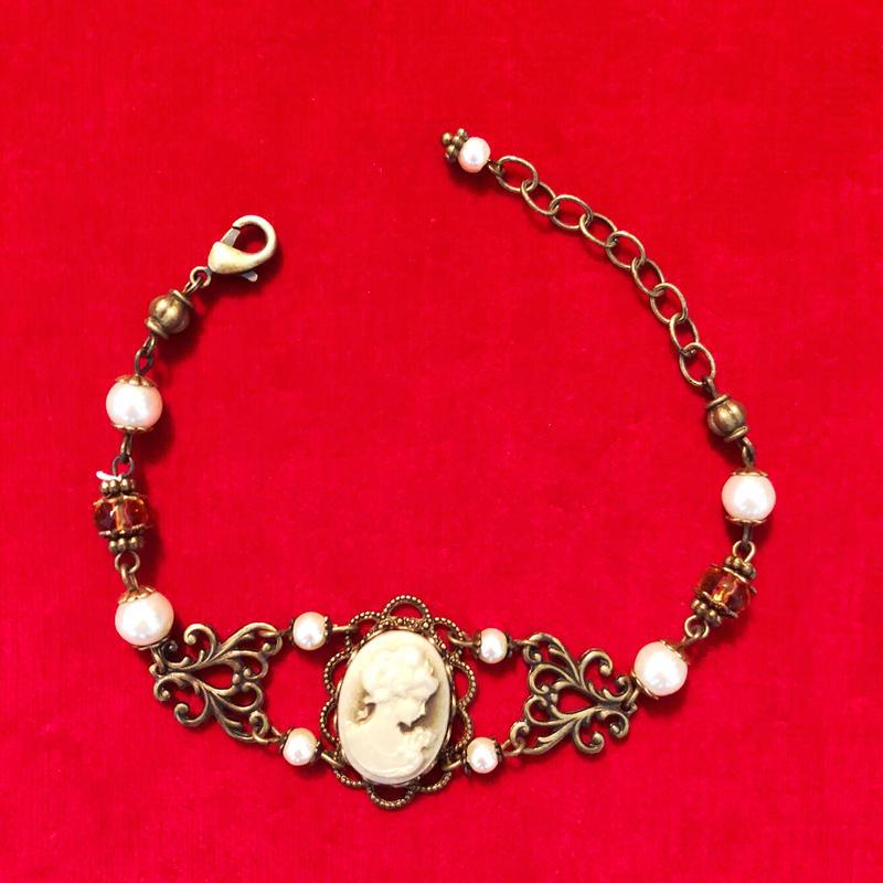 vintage cameo bracelet #LB62