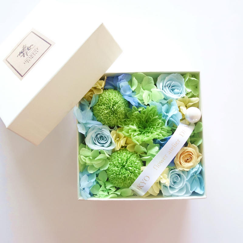 "LUXURY BOX ""Bisou""(GREEN)サプライズフラワーボックス"