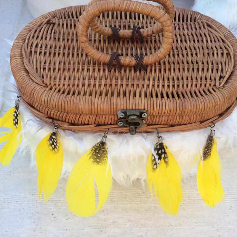 Feather basket bag