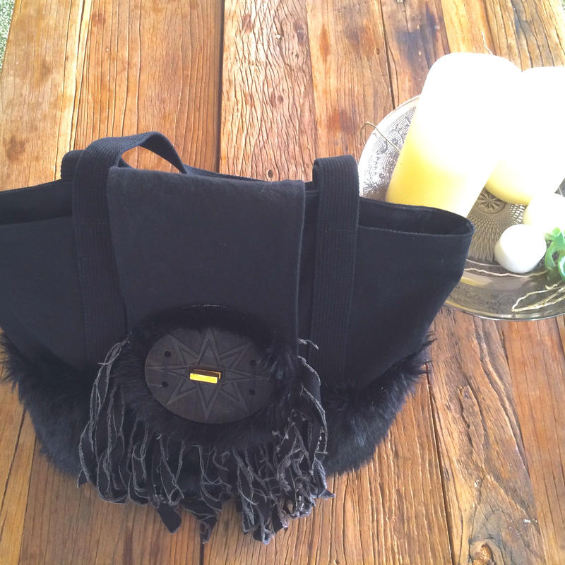 Fake fur hand bag  natural dye