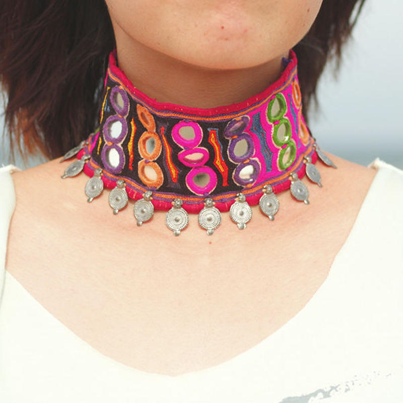 Indian mirror choker