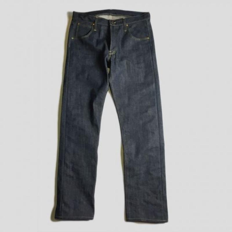 D-02ZHD TAPERED FIT DENIM PANTS (INDIGO)