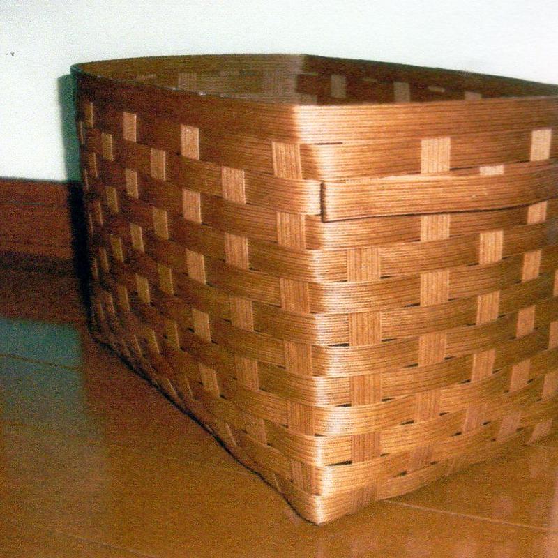 平編みの収納カゴ