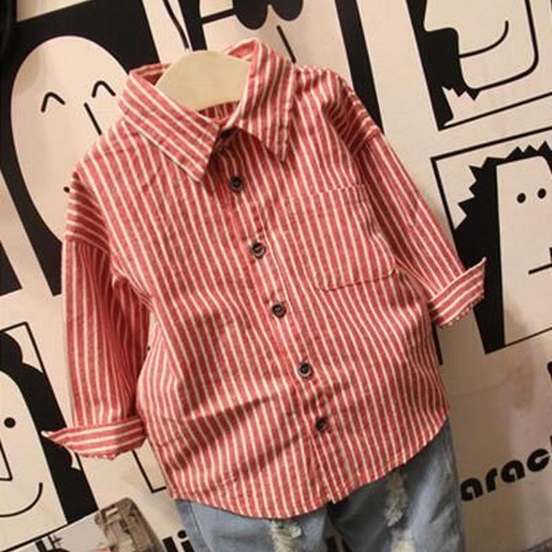 赤と白のストライプシャツ