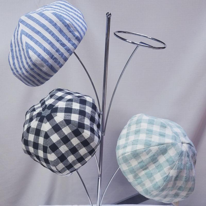 イマナカコの母の思いのベレー帽