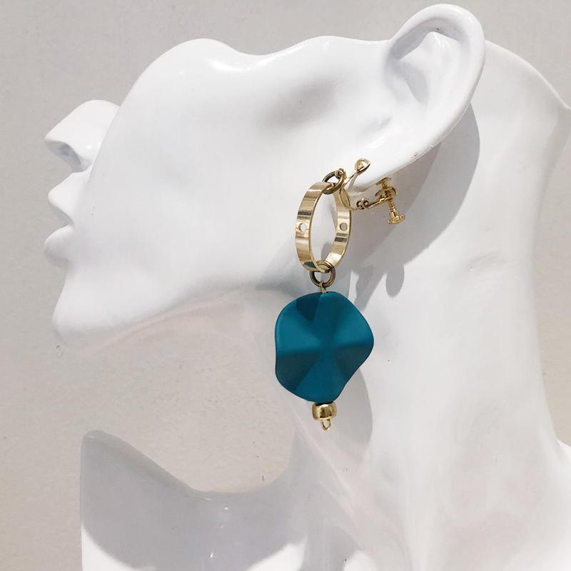 LINK earring #403(金属アレルギー対応)  ※代引不可