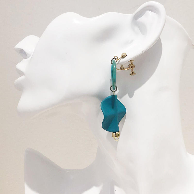 LINK earring #452(金属アレルギー対応)  ※代引不可