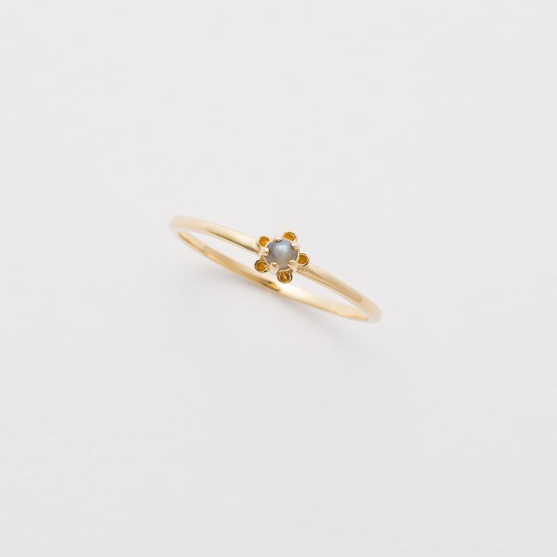 bud ring / gold / chrysoberyl cat's-eye