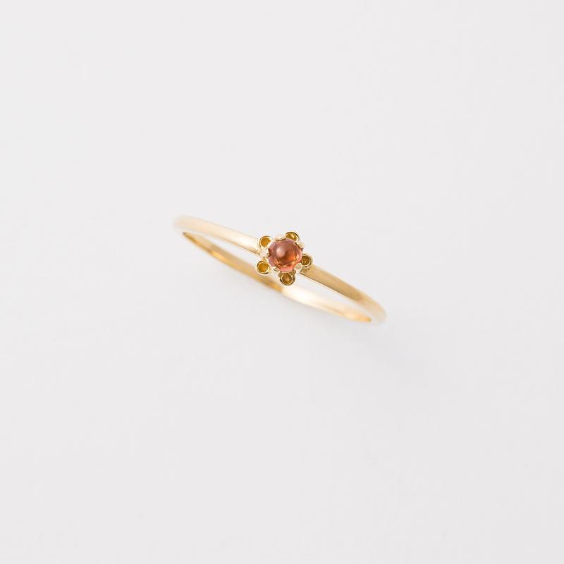 bud ring / gold / garnet