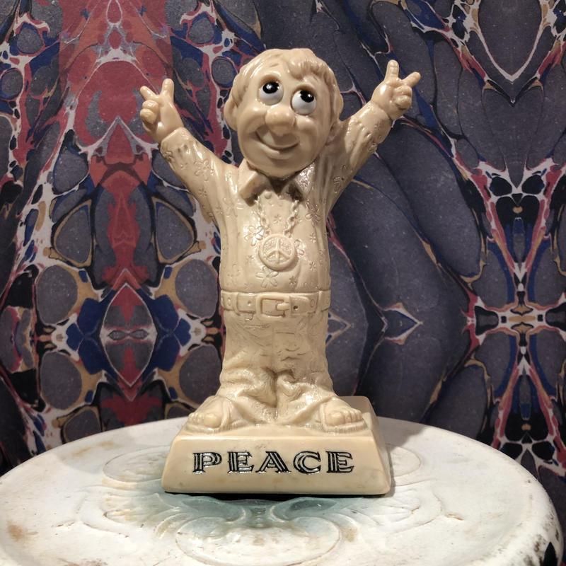 1970  R&W  Berries PEACE Hippie Guy Figure
