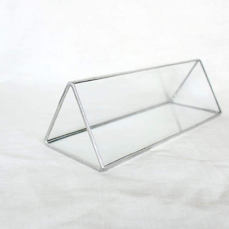 FLOWER VASE | Triangular prism