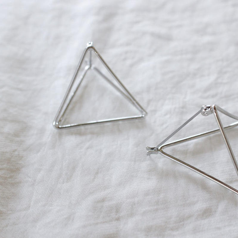 【To U DEPARTMENT】TRIANGLE  FLAME PIERCE  | SILVER