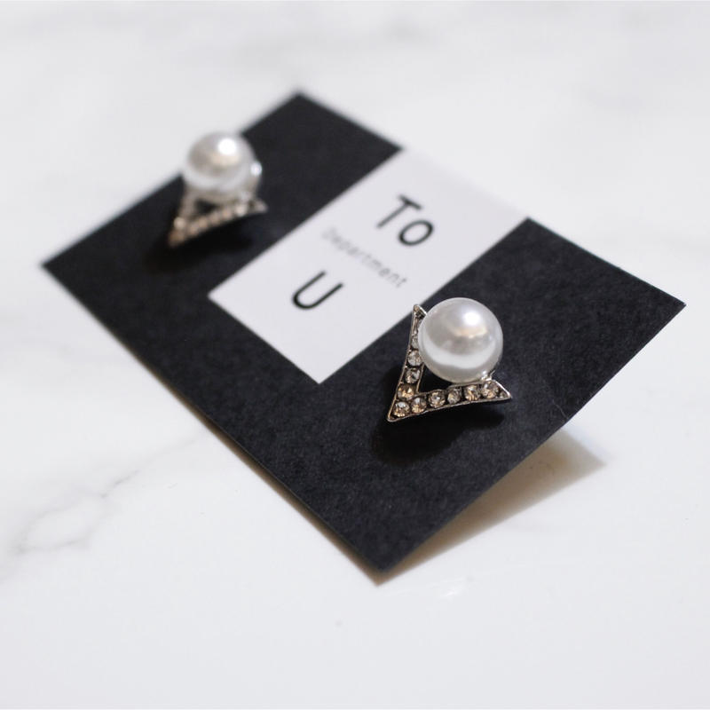 【To U DEPARTMENT】PEARL V BIJOU PIERCE