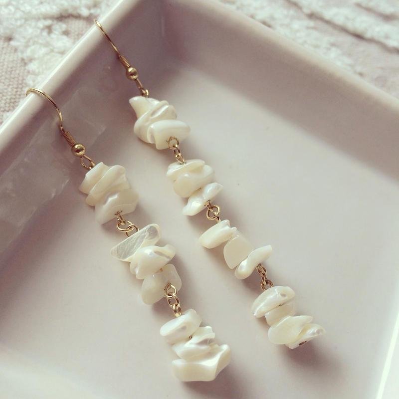 White shell pierced earring
