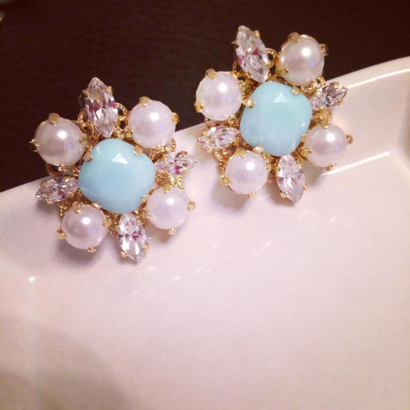 Mintblue Pearl Pierced earring