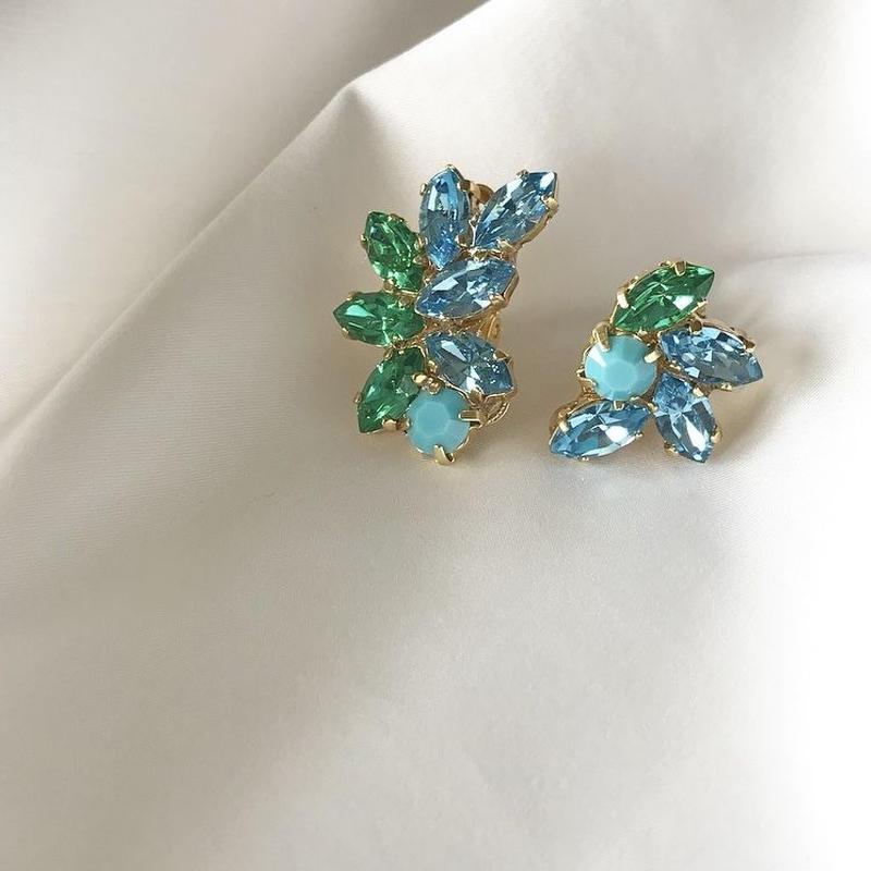 green blue crystal pierce earring