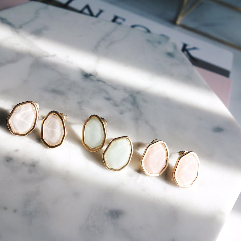 rétro stone pierce