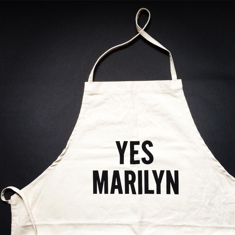 DRESSSEN ADULT APRON #42 YES MARILYN