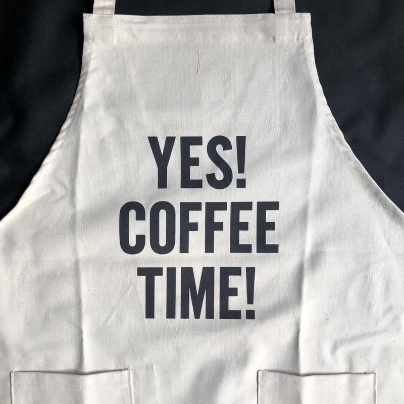 "⭕️[新型エプロン] DRESSSEN    DAY USE W POCKET  APRON   WPA4""YES""! COFFEE TIME""※正面に二つのポケットがございます"