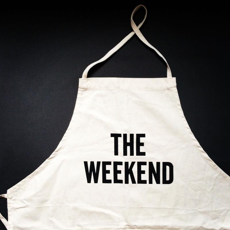 DRESSSEN ADULT APRON #38 THE WEEKEND