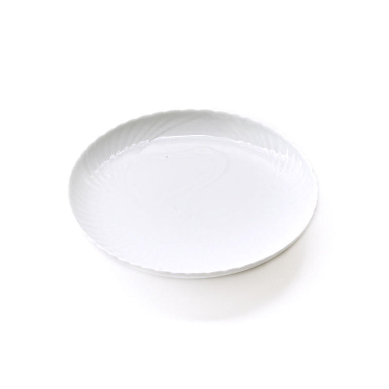 深川製磁 白磁陽刻皿