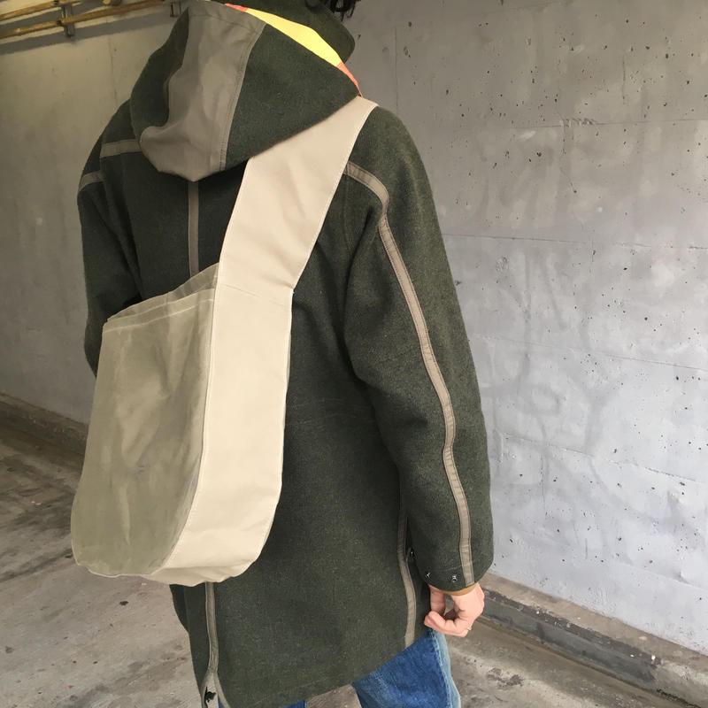 アナザープラネットバッグ M -ピスタチオグリーン/ライトグレー