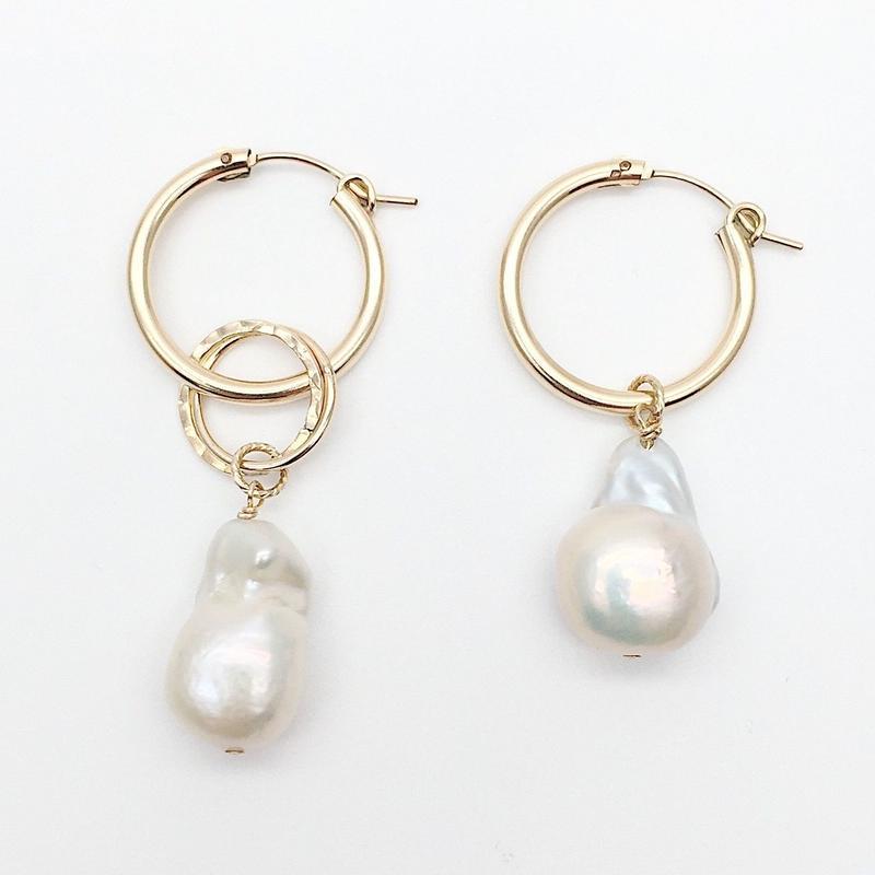 Pearl asymmetrical  hoops