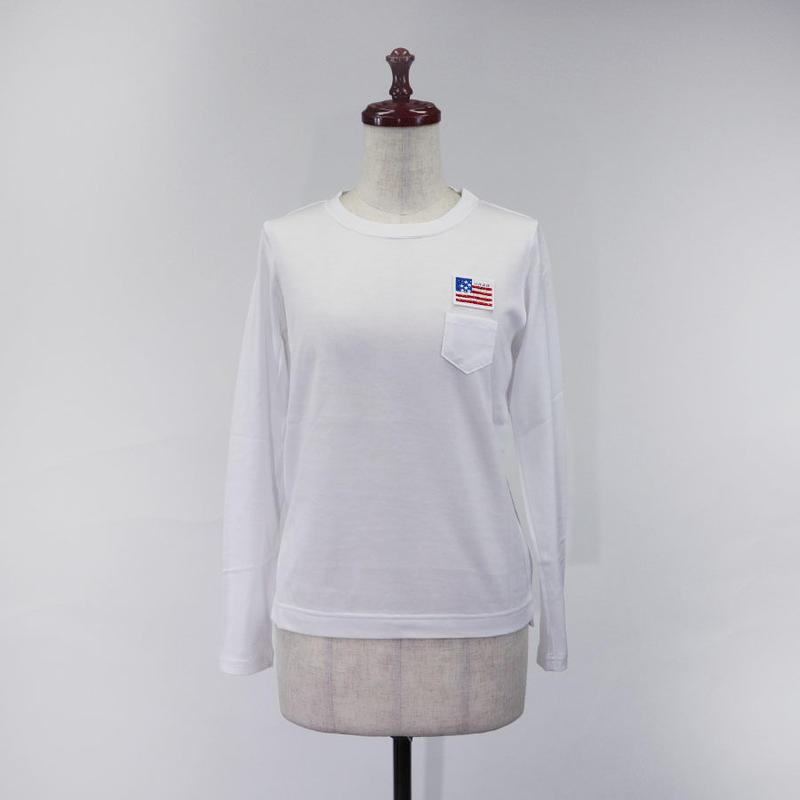 1810110 ワッペン付きクルーネック長袖Tシャツ