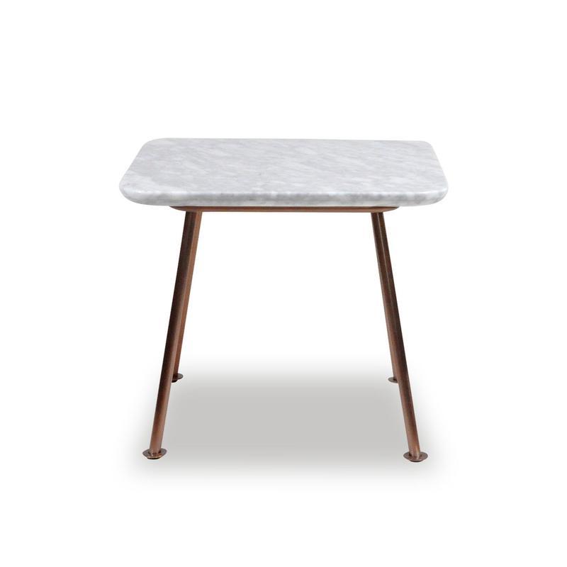 BLEU NATURE   YUTAPI SIDE TABLE