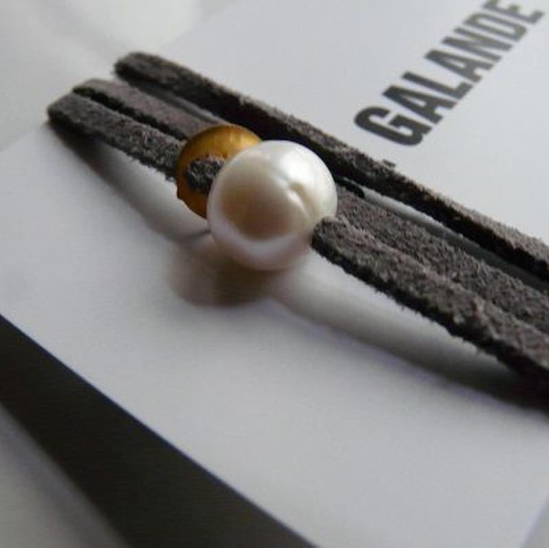 天然パール付 レザーブレスレット Made in Paris ホワイト パール1つタイプ ・ エトープカラー