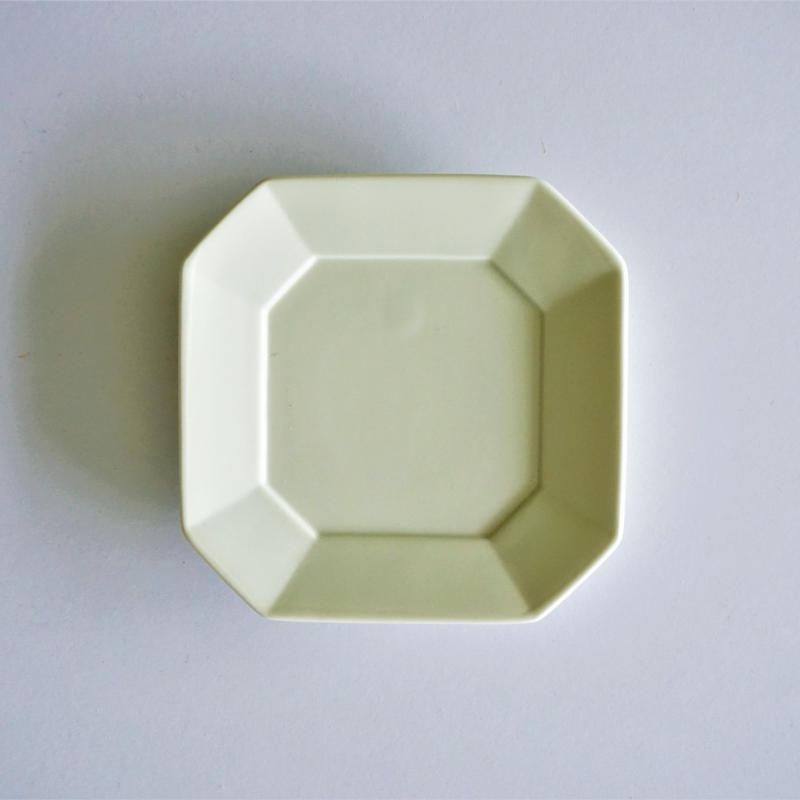 角小皿  アイボリー