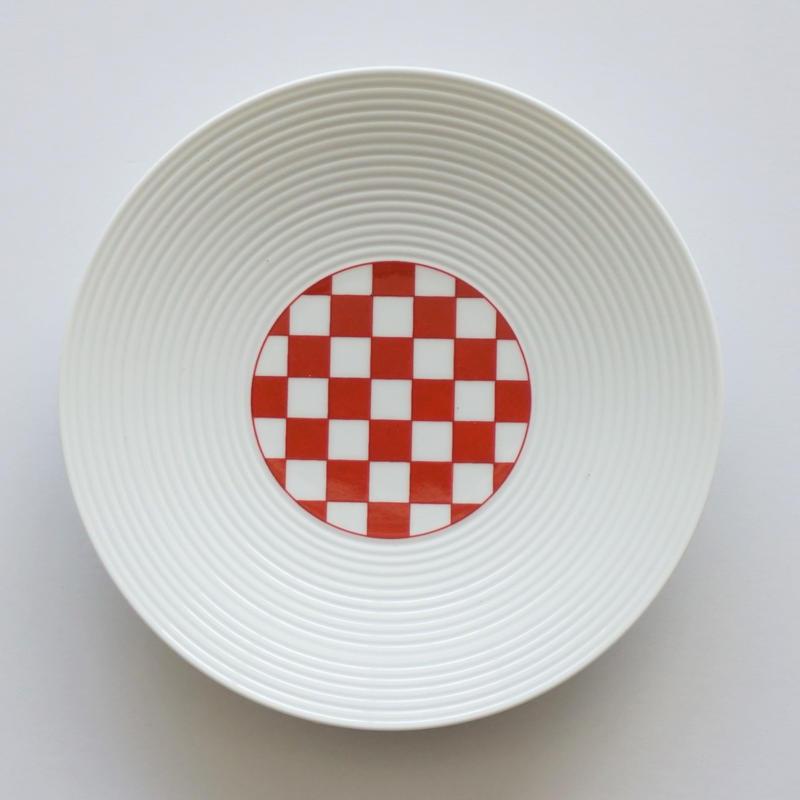和モダン 15㎝皿 赤 市松