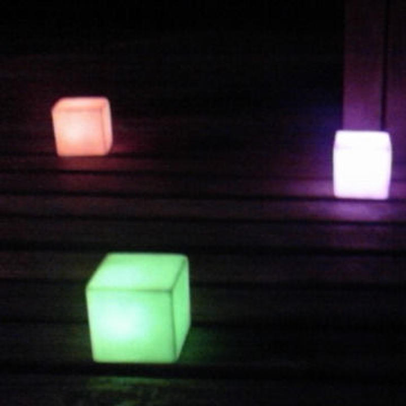 LED CUBE RAINBOW簡易包装