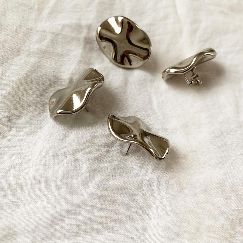 Wave pierce/earring