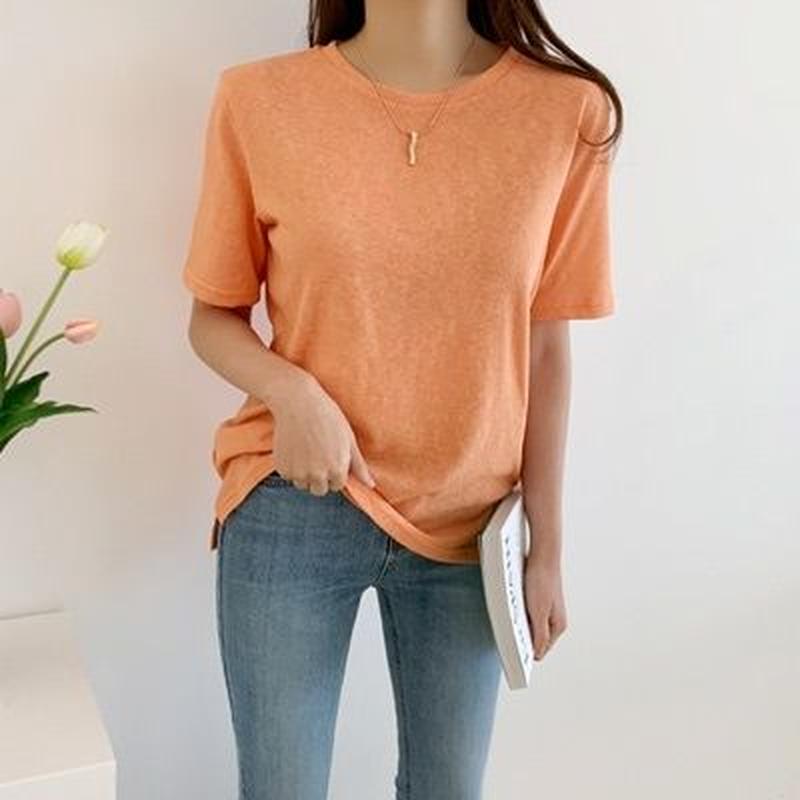 シンプルきれいめTシャツ
