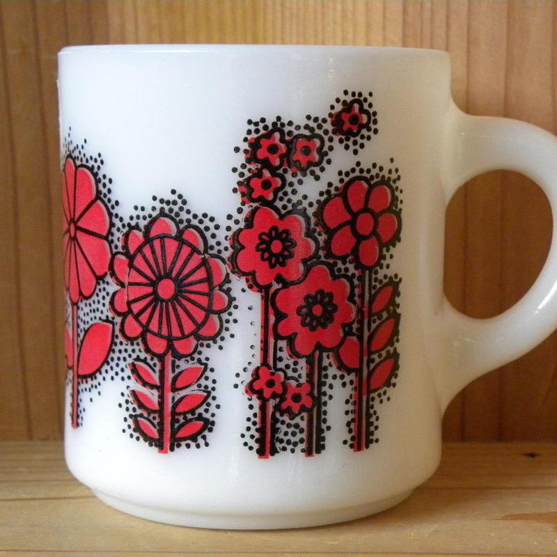 ミルクガラス HAZEL ATRAS Flower
