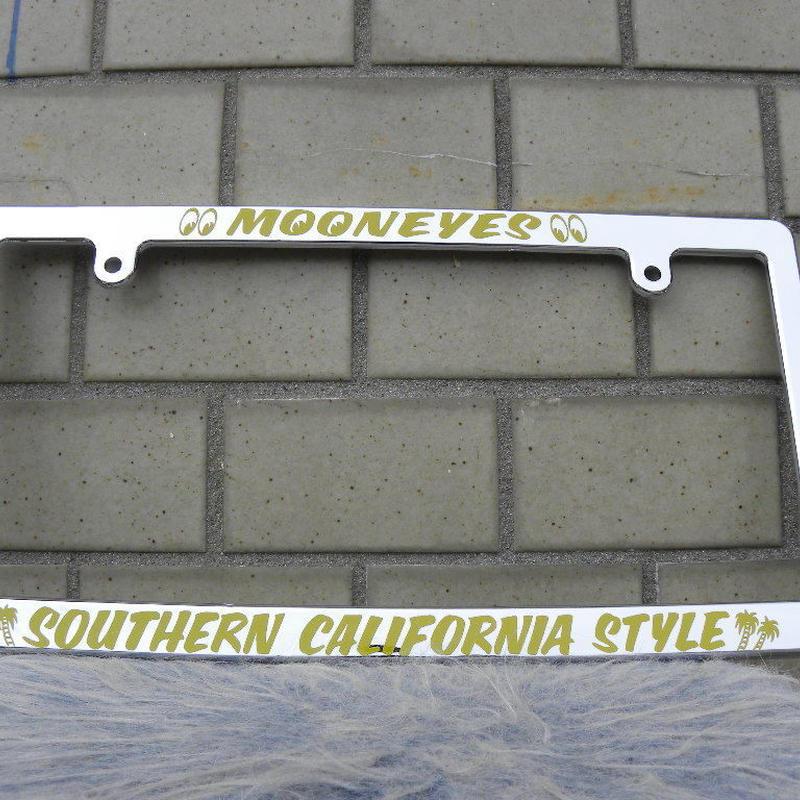 ムーンアイズ オリジナル クローム ライセンス フレーム SOUTHERN CALIFORNIA MG060CHSCY