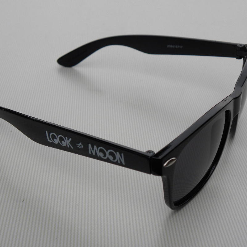 MOON Equipped レトロ サングラス MQG105