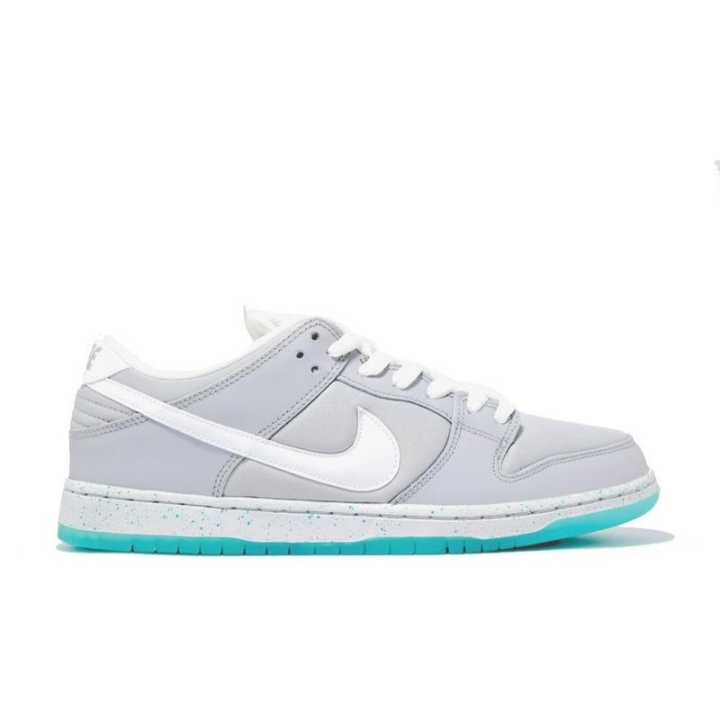 NIKE SB DUNK LOW PREMIUM SB  AIR MAG MARTY MCFLY ナイキ ダンク